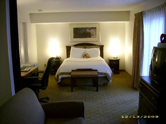 Hawthorn Suites by Wyndham Dallas Love Field Airport: Extremely comfortable bed