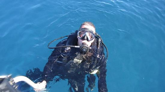 Mike Severns Diving: Me getting back on boat.