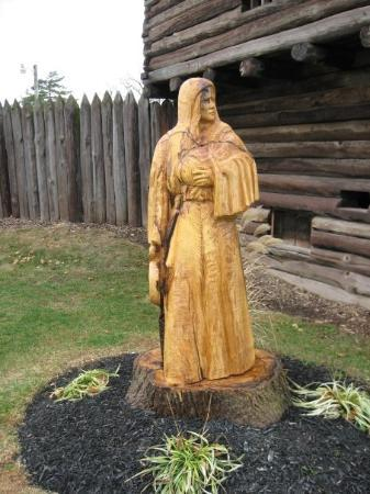 Fort Recovery State Museum: Wood carving of Indian maiden.