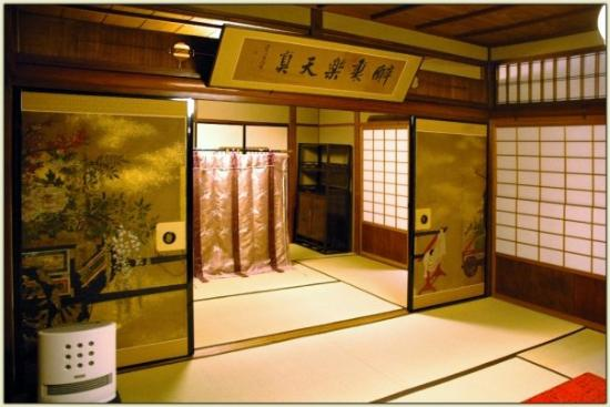 cabinet making 5 of kyoto s best high end traditional japanese hotels 12968