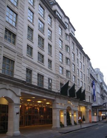 โรงแรมคิงส์เวย์ ฮอลล์ ภาพถ่าย