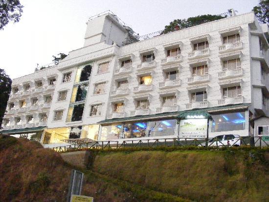 Misty Mountain Resort: The Resort