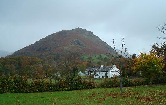 Glenthorne Guest House : Helm Crag from Glenthorne garden.
