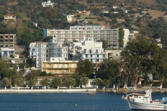 Marmari Bay Hotel: Panoramic view of he hotel