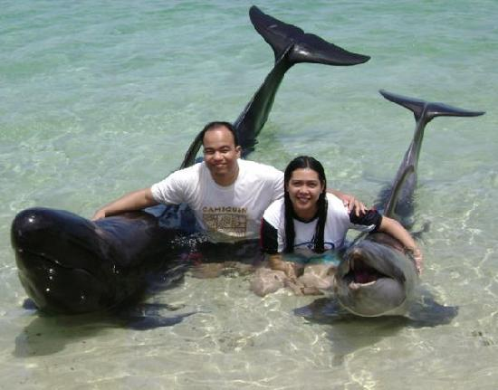 Camayan Beach Resort and Hotel: Can't get enough of these guyz