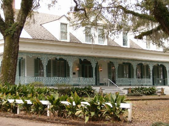 Saint Francisville, LA: Front side view of the house