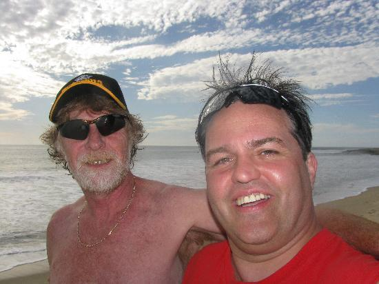 Gypsy's by the Sea - Beach Guest House: merv and I on the beach/self photo