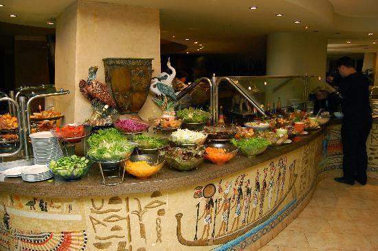 SUNRISE Holidays Resort: Dinner buffet