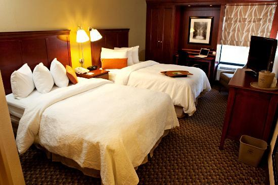 Hampton Inn Meriden - Wallingford : Double Bedded Room
