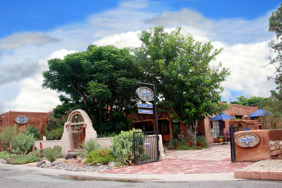 Josefina's Old Gate Cafe and Historical Inn