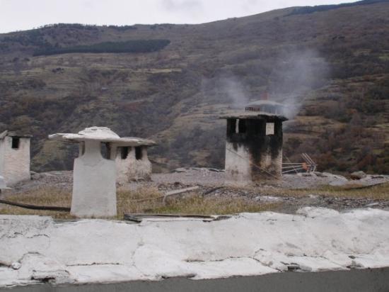 Sierra Nevada National Park, Spain: estas son las casas del pueblo,,,no recuerdo el nombre ..creo que es pamapaneira o???