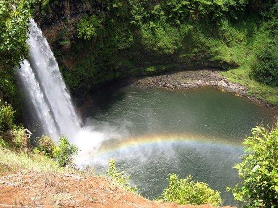 威陆亚瀑布