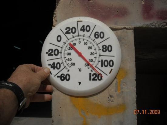 Al Taji, Irak: Man, its HOTT