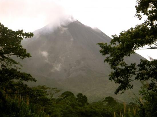 San Jose, Costa Rica: Volcano Arinel.
