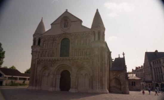 Église de Notre-Dame la Grande : Poitiers - Petite Notre Dame