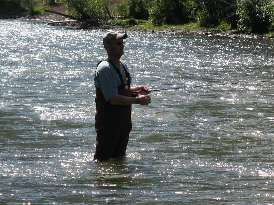 Rainbow Trout Ranch: Fly fishing