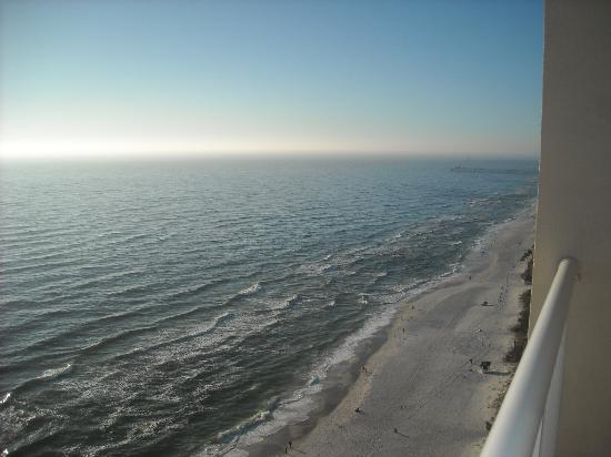 Majestic Beach Towers: Beautiful View of the Gulf Beach - Dec 09