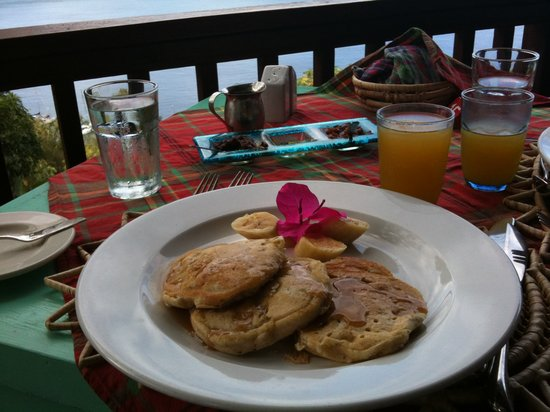 The Mango Tree : The banana pancakes are fabulous!!