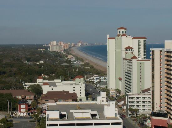 Carolina Grande: Northern view of the shoreline