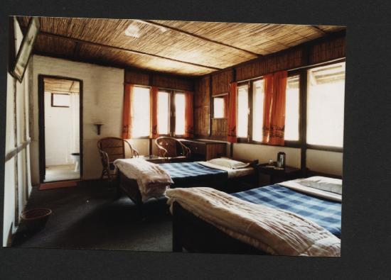 Chitwan Jungle Lodge: Rooms