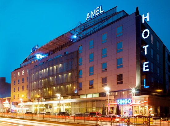 Hotel Anel: Front View of the Hotel