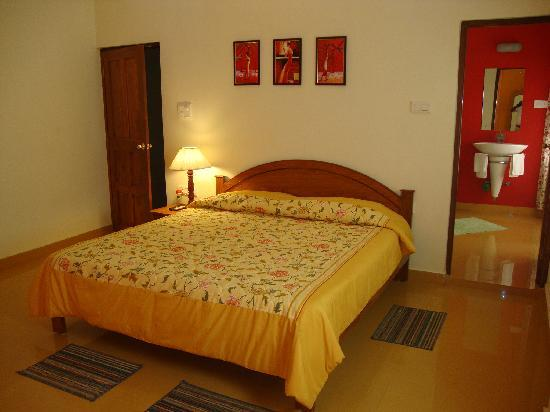 Bougainvillea Guest House Goa: Hibiscuss Suite