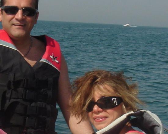 Bonnington Jumeirah Lakes Towers: Jumeirah Beach water sport activity 5 min away
