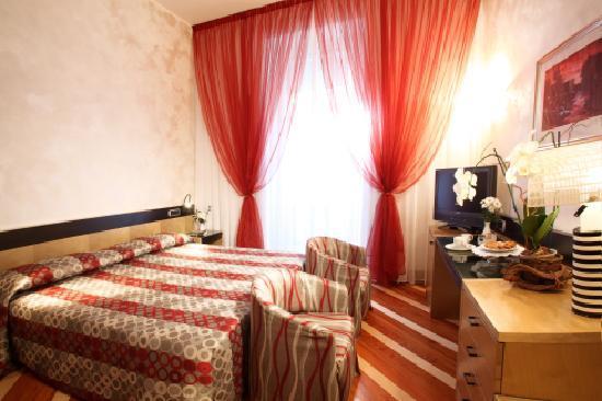 Hotel Sanpi Milano: Standard dbl or twn room