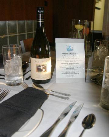 Beaufort, NC: Our table is set for a wine dinner