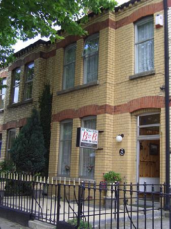 Saint Martha's B&B Drumcondra - Exterior