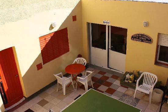 Sentir Patagonia : el patio con la mesa de ping ping... campeonatos a full