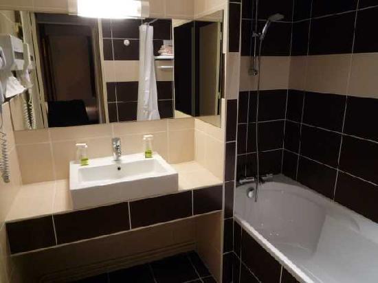 Le Christina : Salle de bain