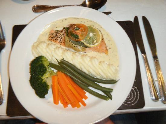 The Kenley: salmon dinner
