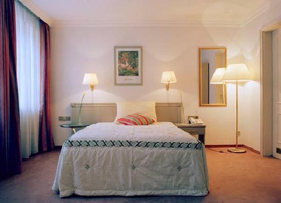 Asam Stadthotel: Geräumige Einzelzimmer