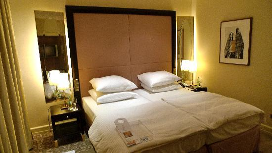 Vier Jahreszeiten Hotel Munchen
