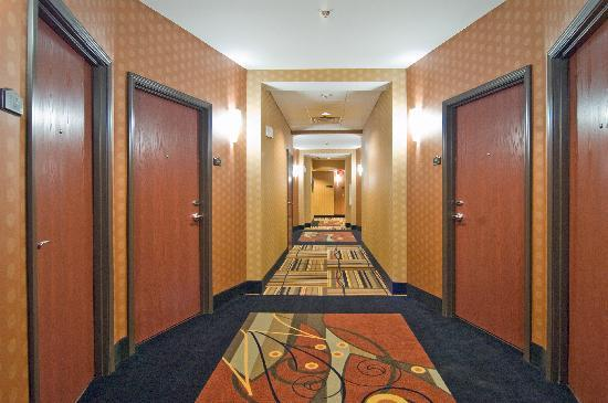Comfort Suites Buda – Austin South Hotel: Interior Corridor