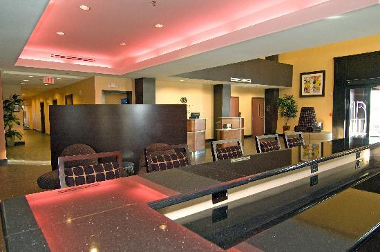Comfort Suites Buda – Austin South Hotel: Lobby Bar