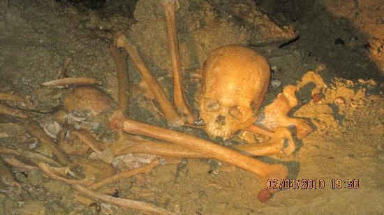 Atiu, جزر كوك: Marshall's Cave Tour