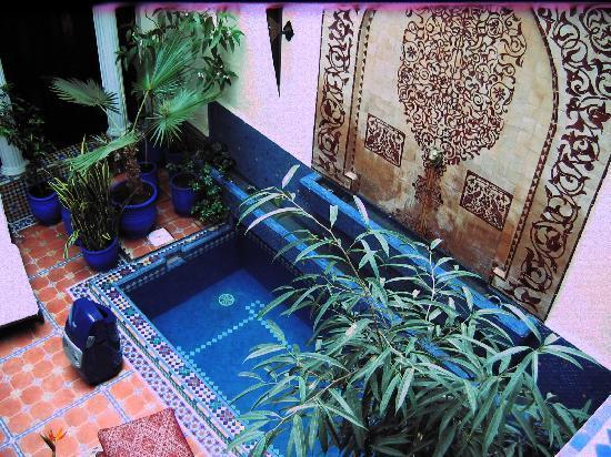 Riad 58 Blu: Central Courtyard