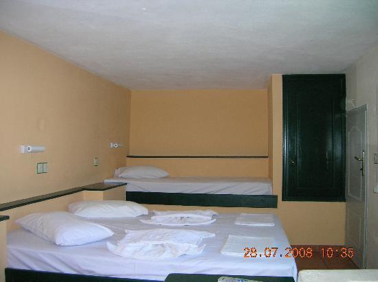 Hotel Argo: room