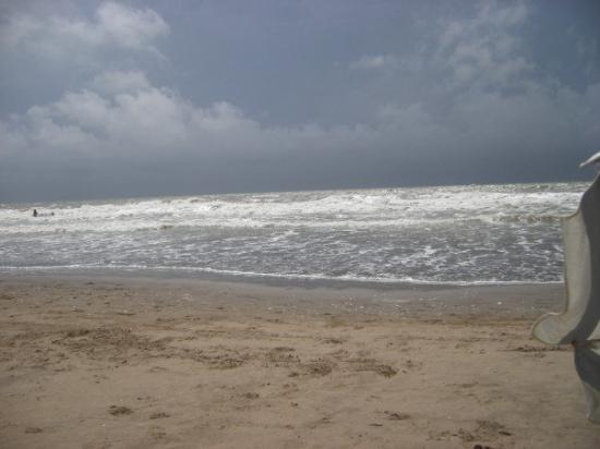 San Clemente del Tuyu, Argentina: La Playa!