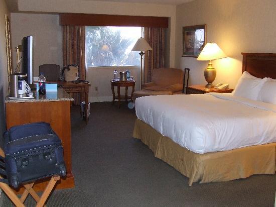 Hilton Tucson East: Room 540