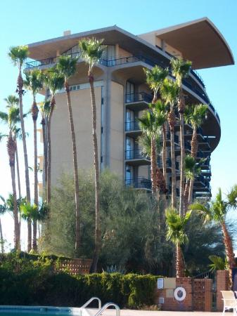 Francisco Grande Hotel & Golf Resort: The really funky hotel, I call it the Tower of Terror...