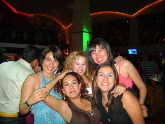 Гвадалахара, Мексика: Mis primas.