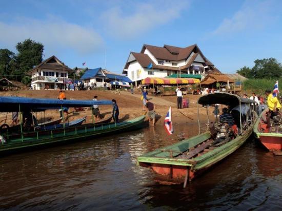 Chiang Khong (Chiang Rai) Thailand  city images : Chiang Khong Border Crossing Picture of Chiang Khong, Chiang Rai ...