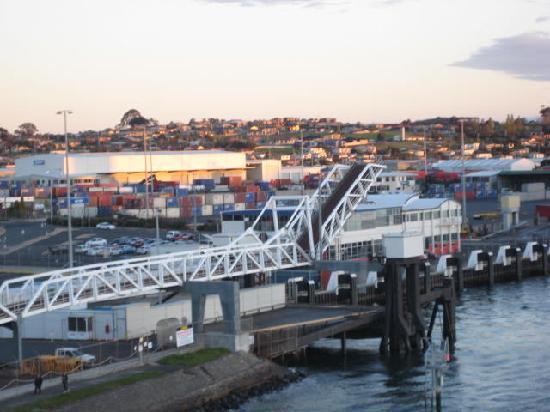 Tasmania, أستراليا: Leaving Devonport on the Spirit of Tasmania