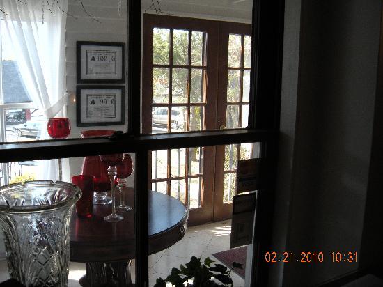 Main Street Inn Highlands : downstairs