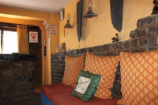 La Hosteria del Monasterio: Front desk/reception