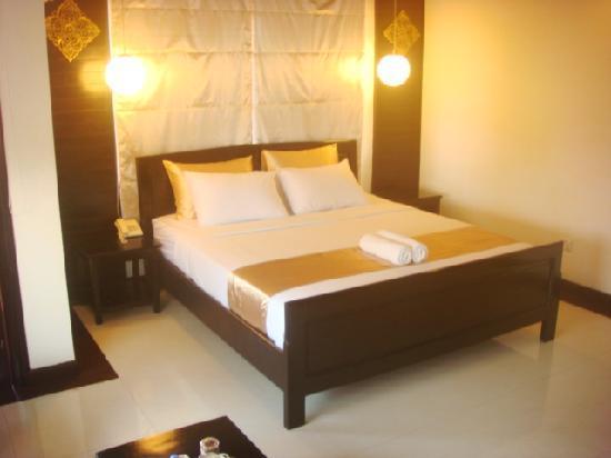 The Kool Hotel: my room