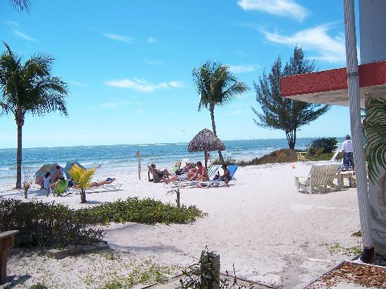 The Surf and Us South Shore Resort: Semi-Private Beach
